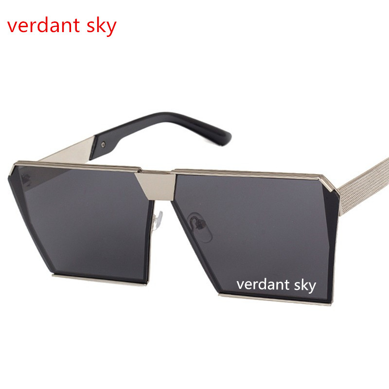 631e2a8bf9670 2017 marca designer de moda tendência Óculos De Sol Mulheres espelho  quadrado plano coberto hip hop feminino em ouro rosa óculos de armação UV400