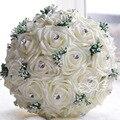 Envío de la Nueva en la acción Hecha A Mano flores de La Boda Blanco de Dama de honor Nupcial Ramos de flores artificiales de Rose Wedding Bouquet Q88
