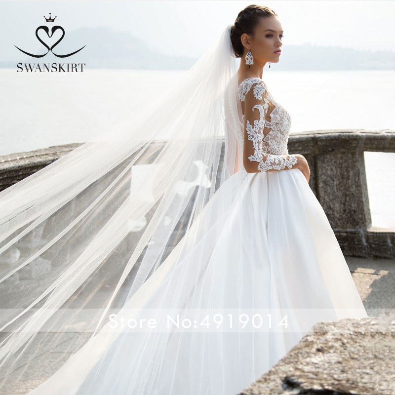 Image 3 - Swanskirt Scoop Satin Wedding Dresses2019 Appliques Long Sleeve A Line Chapel Train Princess Bride Gown Vestido de Noiva I140-in Wedding Dresses from Weddings & Events