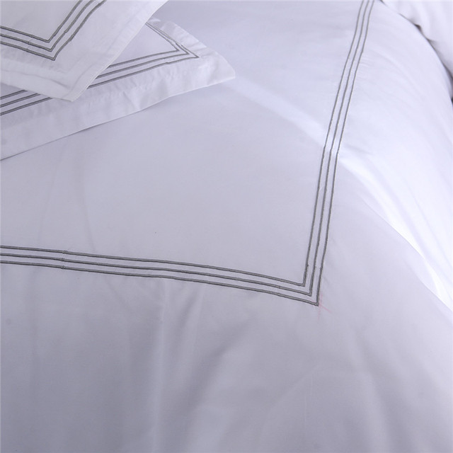 Bonenjoy Hotel Set di Biancheria Da Letto Queen/King Size Colore Bianco Ricamato Duvet Set di Copertura Hotel Biancheria Da Letto Set di Biancheria Da Letto Federa