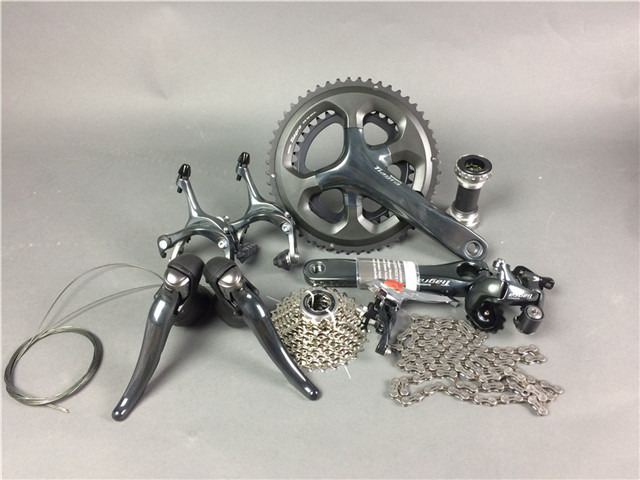 все цены на Shimano TIAGRA 4700 Speed Road Bike Groupsets Bicycle 50/34 52/36 170mm Groupset 10 2*10 Speed онлайн