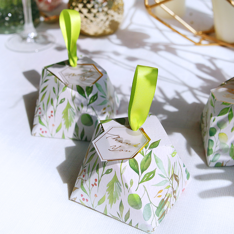 New Diamond Shape Green Leaves Forest Style Candy Box Wedding Favors And Gift Boxes Party Supplies Thanks Gift Chocolate Package