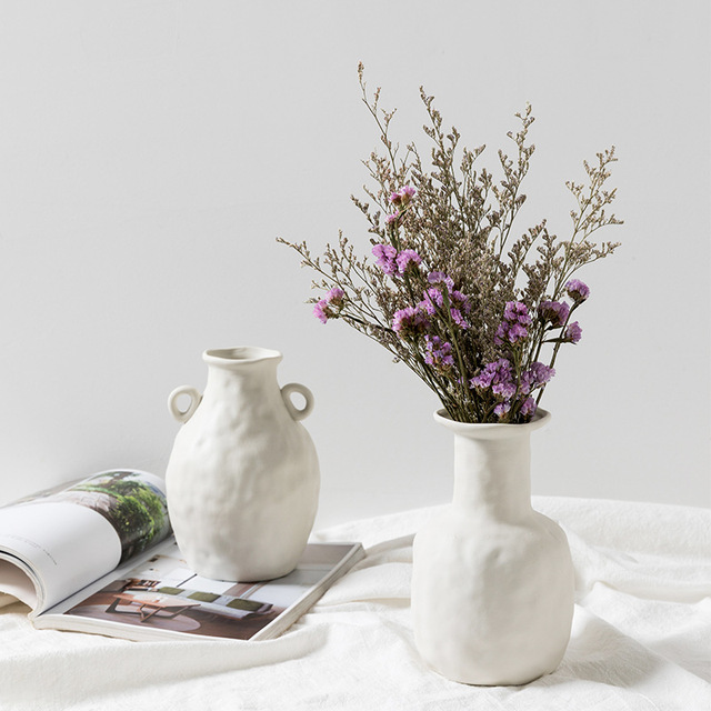 Europe White Porcelain Crafts Ceramic Vase Creative Small Flower Vase Ornaments Tabletop Vases Home Decoration Wedding Gifts 3