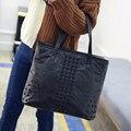 Saco Mulheres da forma bolsas De Grife rebite das mulheres de alta qualidade bolsa do couro Genuíno da pele de Carneiro de Couro Tote sacos de Ombro do Sexo Feminino