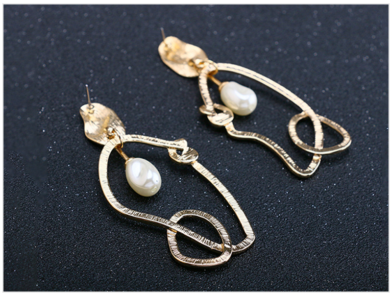Pearl Earrings (3)