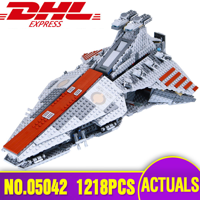 Lepin 05042  Star Series Wars The Republic Fighting Cruiser Set Building Blocks Bricks Educational Toy Legoing 8039 for Children the last fighting tommy