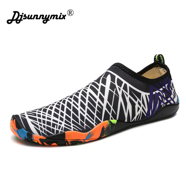 0c476320ac82 Men Aqua Shoes Quickly-dry 2018 Unisex Summer Footwear Barefoot Skin Shoes  Lightweight Swimming Water Shoes plus size 35-46