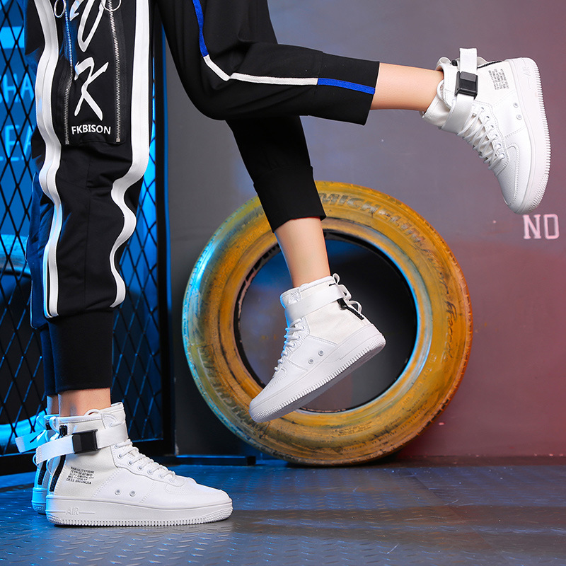 ccfa4d1fe55d White Sneakers Men Vulcanized Shoes Women Fashion Sneakers Men High Top  Sneakers Casual Man Designer Shoes Sports Running Shoes-in Men s Vulcanize  Shoes ...