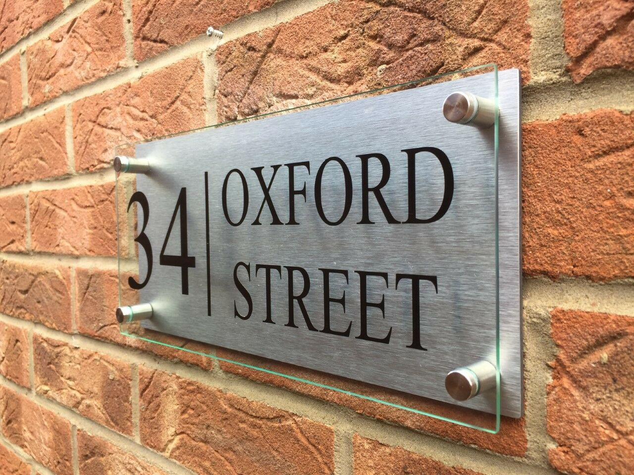 MODERN HOUSE PLAQUE DOOR NUMBER STREET SIGN GLASS EFFECT ACRYLIC AND ALUMINIUM