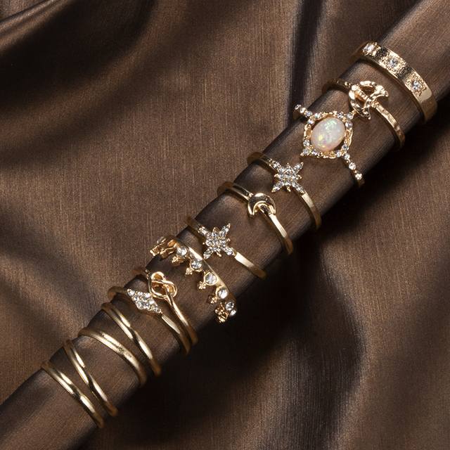 Tocona 13 Pcs/set Bohemian Vintage Gems Crown Star Moon Exquisite Joint Ring Set Women Fashion Party Wedding Minimalist Jewelry