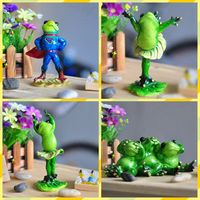 Free Shipping Kungfu Baby Frog Family Figures Resin Toy Micheal Dancing Cake Home Gym Office Desk