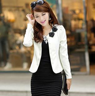 9640f063fa517 2015 nueva moda primavera mujeres blazer chaquetas de manga larga para mujer  traje casual blanco negro rojo rosa tallas grandes marca abrigo blaser en  ...