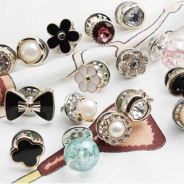 10 pz/set 18 combinazione di pulsanti bottone della camicia della perla di colore anti-illuminazione piccolo pulsante spilla fibbia chiodo bottone decorativo C084