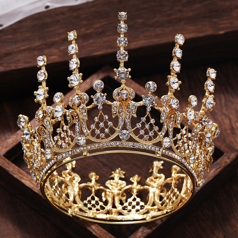 New Vintage Romantic Gold Full Round Wedding Tiara Crown Crystal Princess  Pageant Headpieces Bridal Wedding Hair Jewelry Crowns 4cc684261a2d