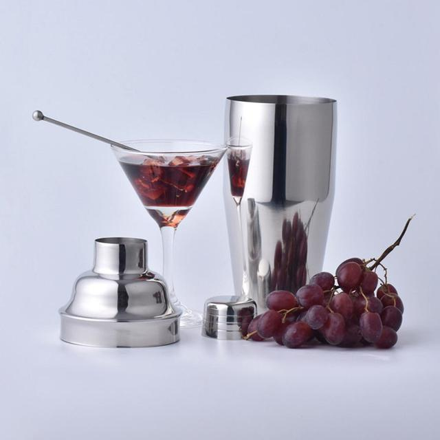 Professional Bartender Cocktail Shaker