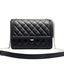 Fashion European and American style high quality cowhide women's bag new leather rhombic chain bag diagonal shoulder bag women new serpentine hit color wild leather handbags european and american fashion trapezoidal buckle shoulder diagonal bag leather ha