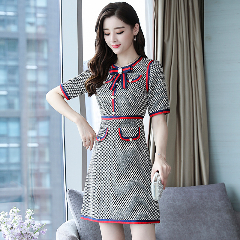 New Fashion Dress Female Autumn Round Neck Short Sleeve Plaid Houndstooth Packet Button Embellished Vestidos Verano 2018