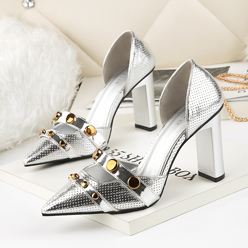 Pointed Toe Rivet Sexy Silver Shoes Woman Summer 2018 Block Heel Pumps Women Wedding Shoe High Heels for Prom Party 2015 sexy women black rhinestone rivet high heels wedding party prom shoes with silver spikes rivet pumps free shipping