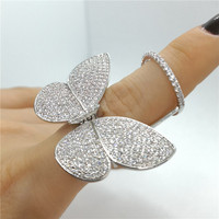 Fashion new party Queen Butterfly ring that will shoot wings Female model
