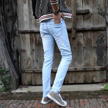 2018 New Light blue Men Denim Skinny Pant Man Hight Quality Casual Fashion Jeans Slim Fit Season Korean Style Trousers