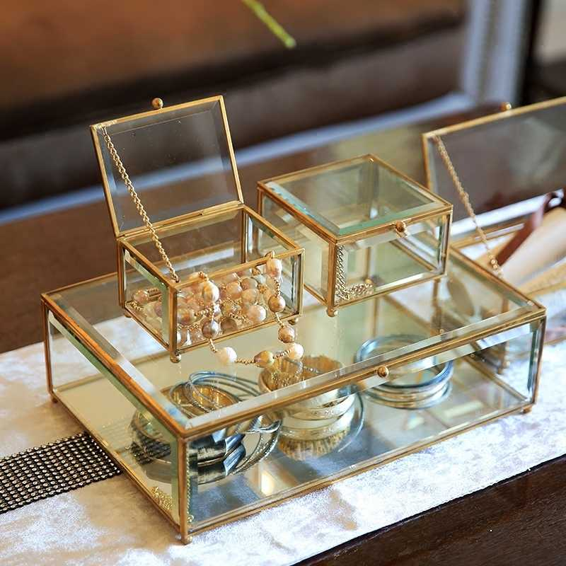 Modern minimalist home bedroom dressing table glass jewelry box transparent storage box European retro princess decorations