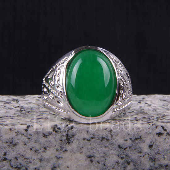 1ชิ้นแฟชั่นเครื่องประดับโลหะผสมสังกะสีInlayรูปไข่สีเขียวJadแหวนนิ้วSZ 10-11 Z037
