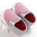 Nueva rayado rosado Del Niño Infantil Del Bebé Zapatos de Bebé mocasines Zapatilla Informal Zapatos del Pesebre bebe primeros caminante zapatos de Suela dura