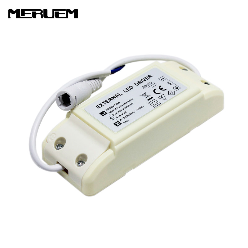 Fri frakt 3 st / lot 15-30W Led Extern Driver Output: DC30-42V 500mA / 600mA / 700mA / 750mA Lighting Transformer AC85-265