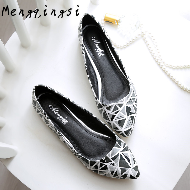 Mengqingsi 2017 New Women's flats shoes leather fashion Comfortable Soft bottom Non-slip Big size 33-45 Women casual shoes 2017 new square head flat shoes muier zapatos platform comfortable soft bottom non slip scoop shoes bow single shoes size 35 40