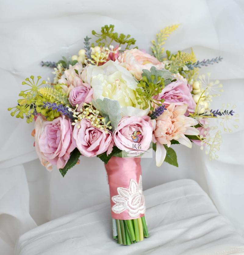 Bricolage nouveau créatif à la main simulation fleur bouquet mariage mariée tenant des fleurs rétro pastorale rose violet rose pivoine fleur
