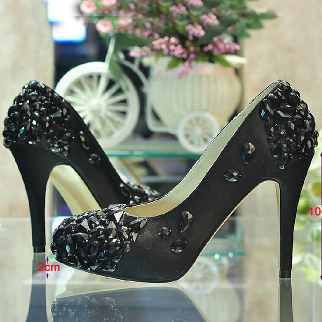 Gorgeous Crystal Bridesmaid Shoes satin black Wedding Shoes for Bride  Wedding Ceremony High Heels Mom Party Prom Shoes ef90f7116e9a