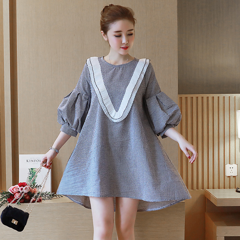 To film Spring the new black and white plaid A word set lantern sleeve v-neck lace loose maternity dress