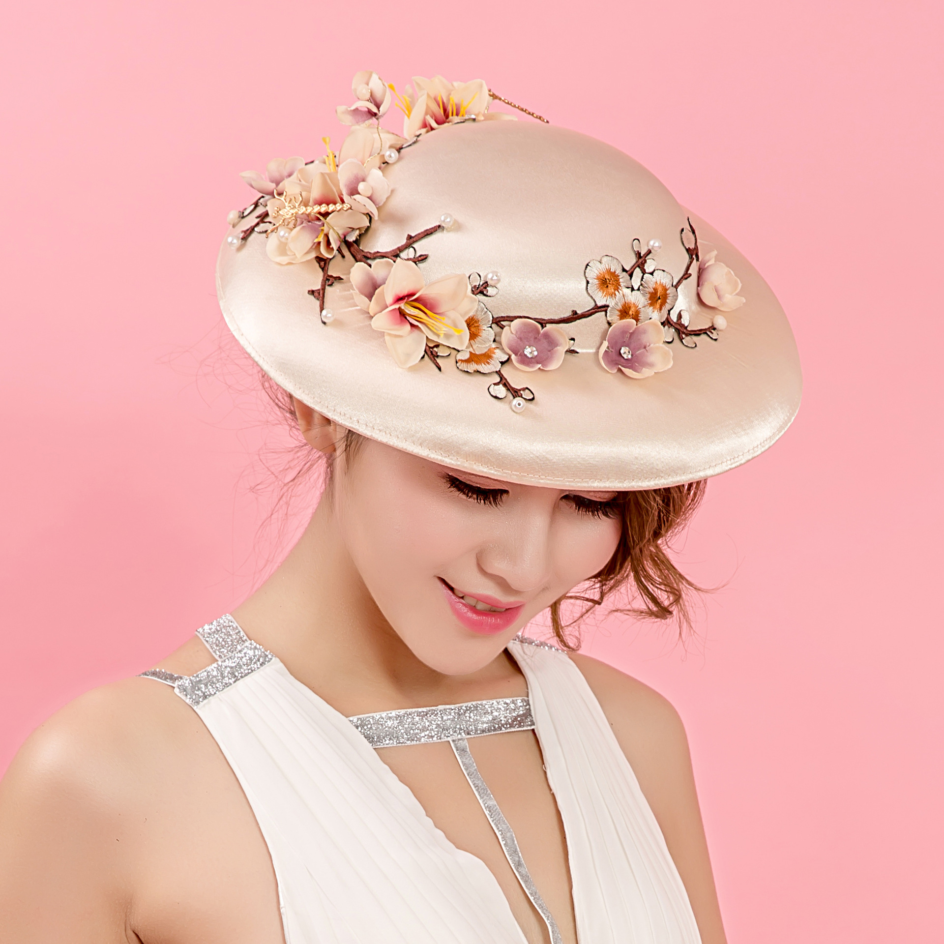 Embroidery Bride Hat Fascinator Satin Flower Dragonfly Bridal Headpiece Vintage European Ladies Church Kentury Hair Accessories