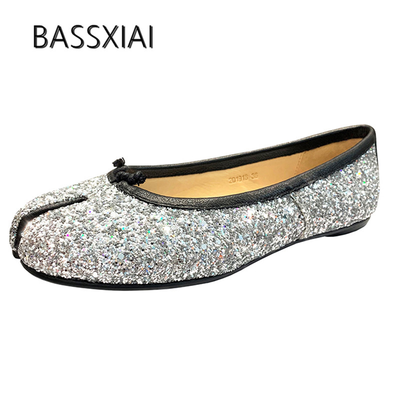 2019 Bling Bling Flat Shoes Woman Split Toe Slip On Single Shoes Woman Fashion Casual Shoes