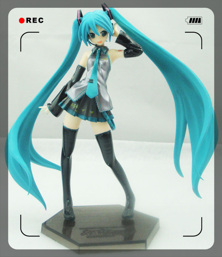 High quality Japanese Anime Vocaloid Hatsune Miku 20cm  PVC Action Collectible Figure Model classic toys for christmas gift classic japan anime ah my goddess peorth sexy 1 10 pvc 32cm huge figure toys high quality free shipping
