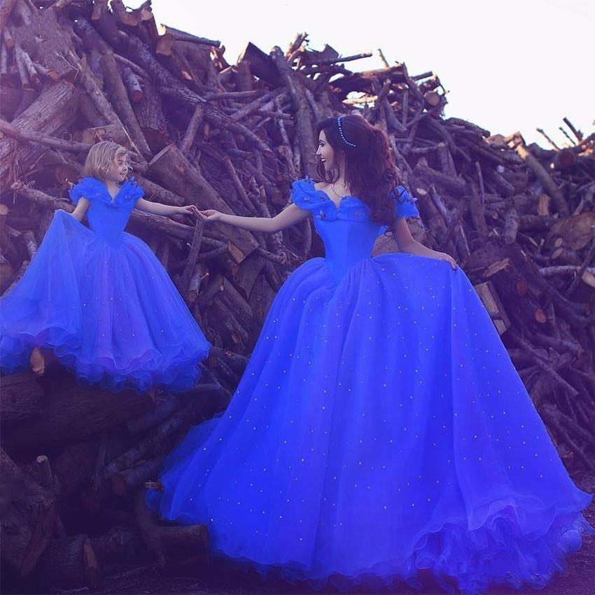 2019 Cinderella Ball Gown Wedding Dresses Royal Blue Ball Gown Off The Shoulder Mother Daughter Dress Arabic Long Wedding Gowns Buy At The Price Of 157 52 In Aliexpress Com Imall Com