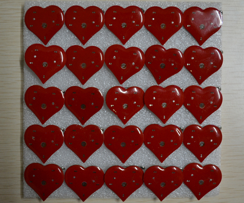 Free shipping 200pcs lot red heart shape LED Badge Brooch lilght up Pins Party concert Favors