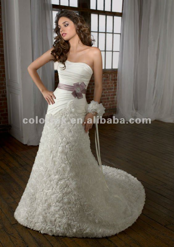 Charming ruched bodice full roses floral trumpet lace up for Wedding dress shops in syracuse ny