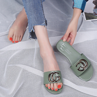 0f7743a6c Summer Beach Slippers 2019 New Women Slippers Metal Decoration Flat With  Slippers Casual Flip Flops. Chinelos de Praia verão 2019 Novos Mulheres ...
