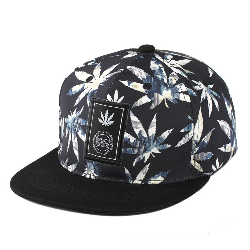 8a8ce64570529 2017 Brands Snapback Cap Maple Leaf Baseball Cap For Men Women Summer  Trapback Fashion Trends Hip Hop Snapback Caps-in Baseball Caps from Apparel  ...