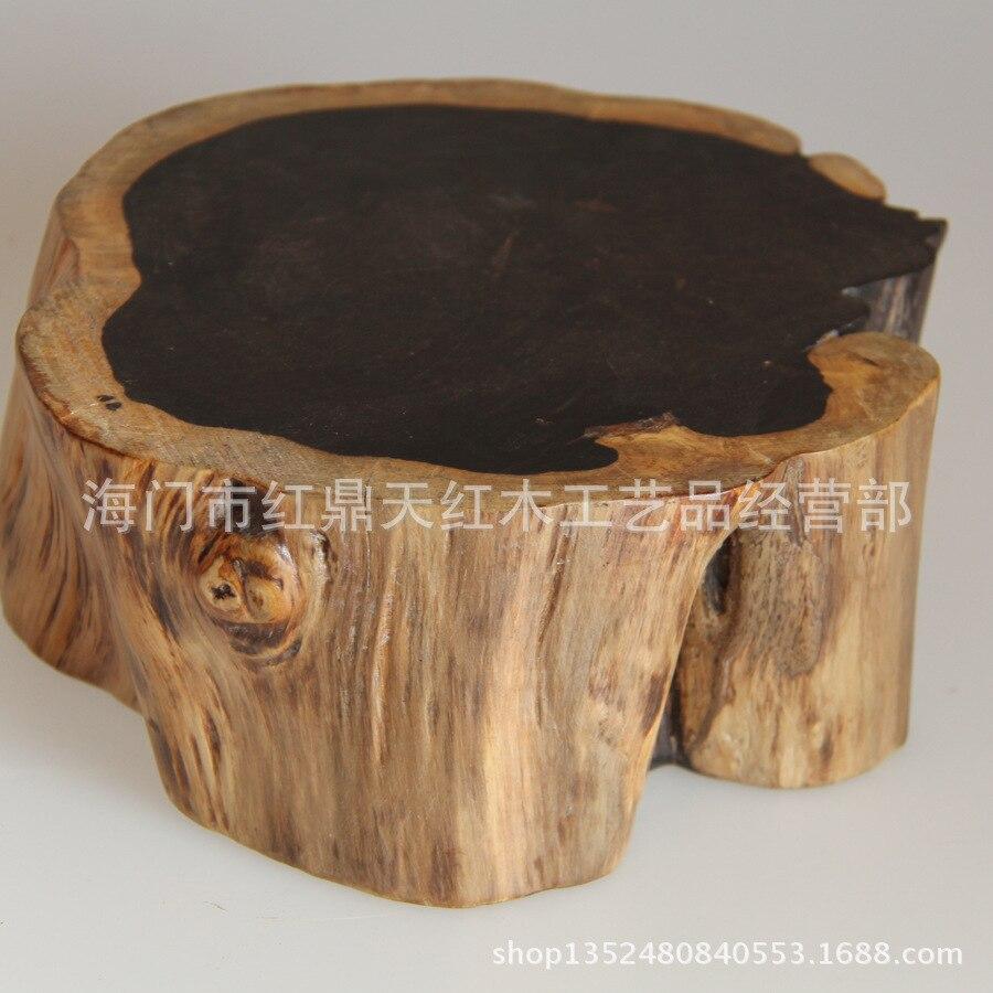 Bois d'ébène artisanat bois d'acajou avec piédestal en jade de forme étrange