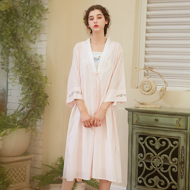 dcfb5269e8 2018 autumn winter new Chinese style palace cotton Sleepwear Women nighty  sexy long sleeves long skirts two pieces nightgown