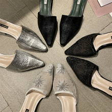 купить TXJ Casual Women Shoes 2019 Fashion Women Cane Mules Women Flat Slippers Spring Outside Basic Women Slides Summer Shoes по цене 993.24 рублей