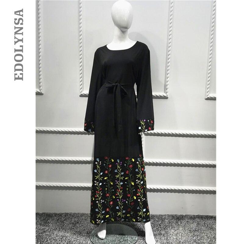 37ab727032 Modest Islamic Clothing Hijab Embroidery Muslim Dress Women Burqa Elegant  Saudis Abaya Dubai Kaftan Prayer Muslim Tunic D218-in Islamic Clothing from  ...
