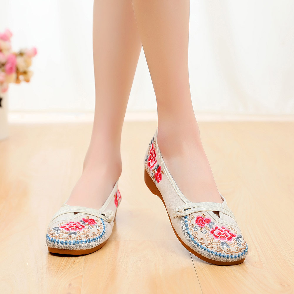 Image 5 - Veowalk Vintage Embroidered Women Canvas Old Beijing Shoes Ladies Casual Slip on Ballet Flats Chinese Style Dance Costume ShoesWomens Flats   -