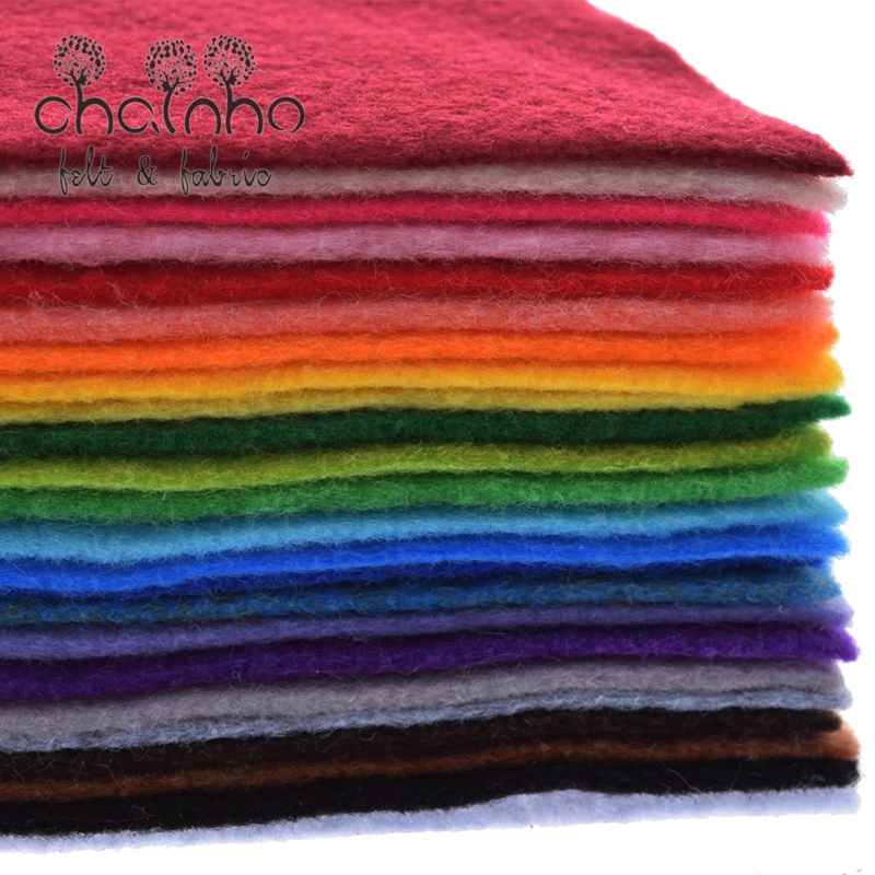 Non Woven Filt Fabric 1mm Tykkelse Polyester Mykt Filt av Hjemme Dekor Mønster Bundle For Sy Dolls Crafts 24pcs 30x30cm
