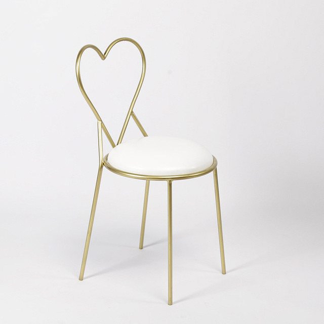 Love Heart Shaped Living Room Chair Leisure Chair Breathable Iron Wire Chair