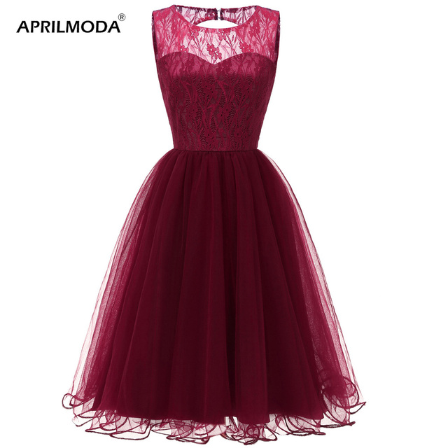 64c293e07a13 Short Tulle Party Dress Sleeveless Women 50s Junior Christmas Dresses  Hollow Out Girl's Ball Gown Retro Runway Tunic Lace Dress
