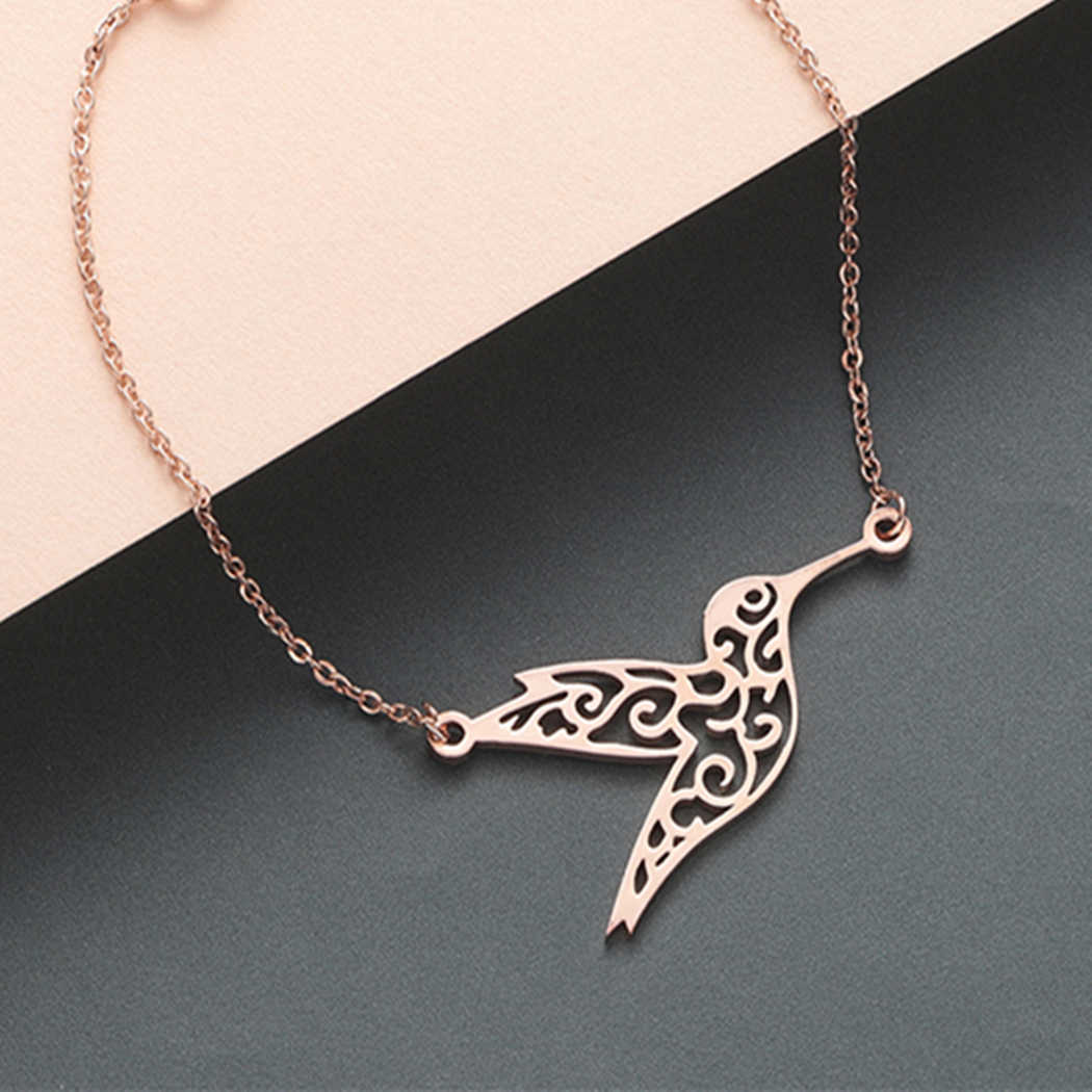 Cxwind Fashion New Hummingbird Woodpecker Bird Pendant Necklace for Women Girl Gold Jewelry Gift Cute Choker Pendant Necklaces