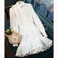 Svoryxiu взлетно посадочной полосы элегантный выдалбливают Вышивка Белое платье Для женщин Винтаж Фонари рукавом отпуск вечерние оборками кор